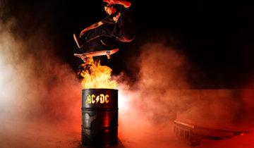 AC/DC x DC Shoes une collaboration détonante.