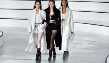 Mode à Paris: Chanel sort du cadre.