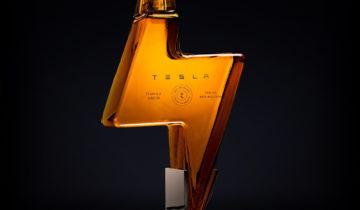 La tequila de Tesla rend complètement fous les internautes.