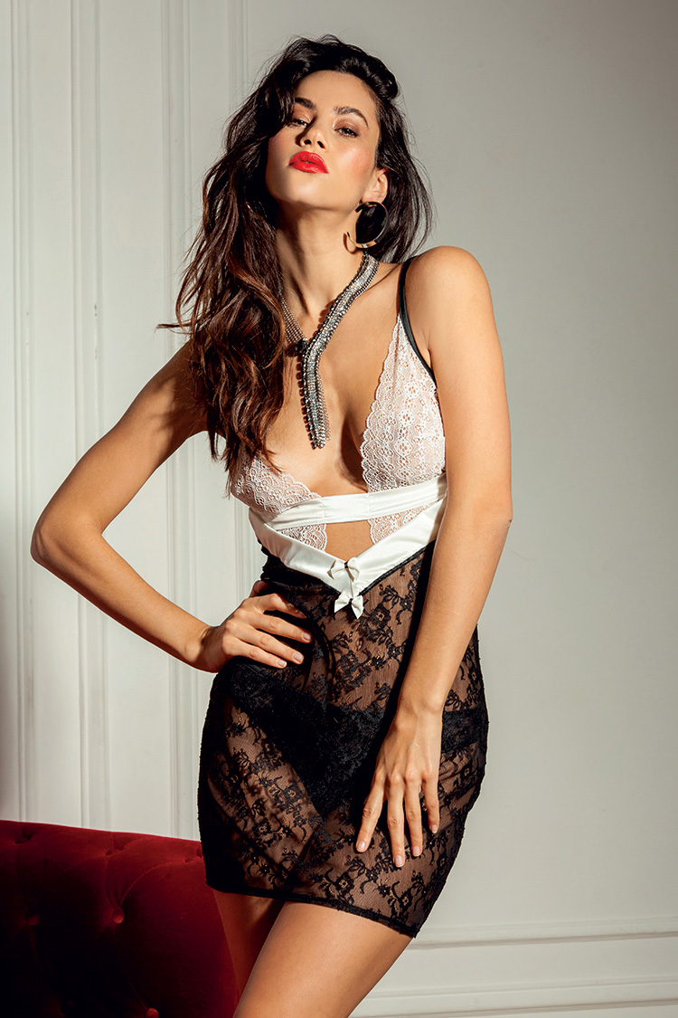 Saint Valentin Glamuse Benude Magazine SMOKING SMO
