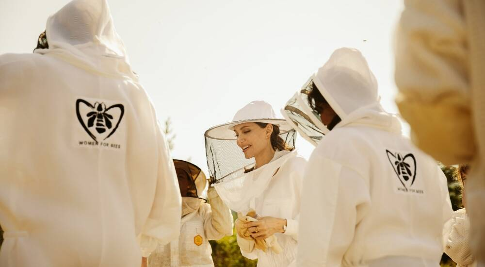 Woman For Bees Guerlain