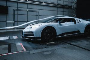 Le vent souffle sur la Bugatti Centodieci